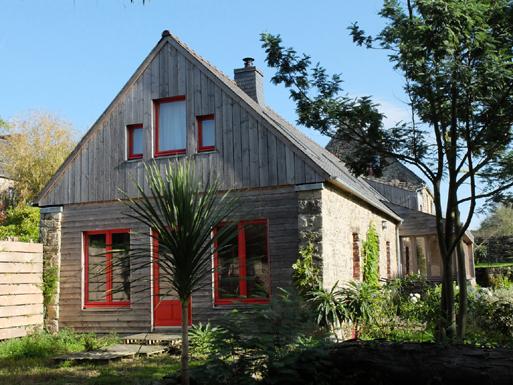 Rénovation écologique d'une longère, ferme du 17ème en trégor, finistère
